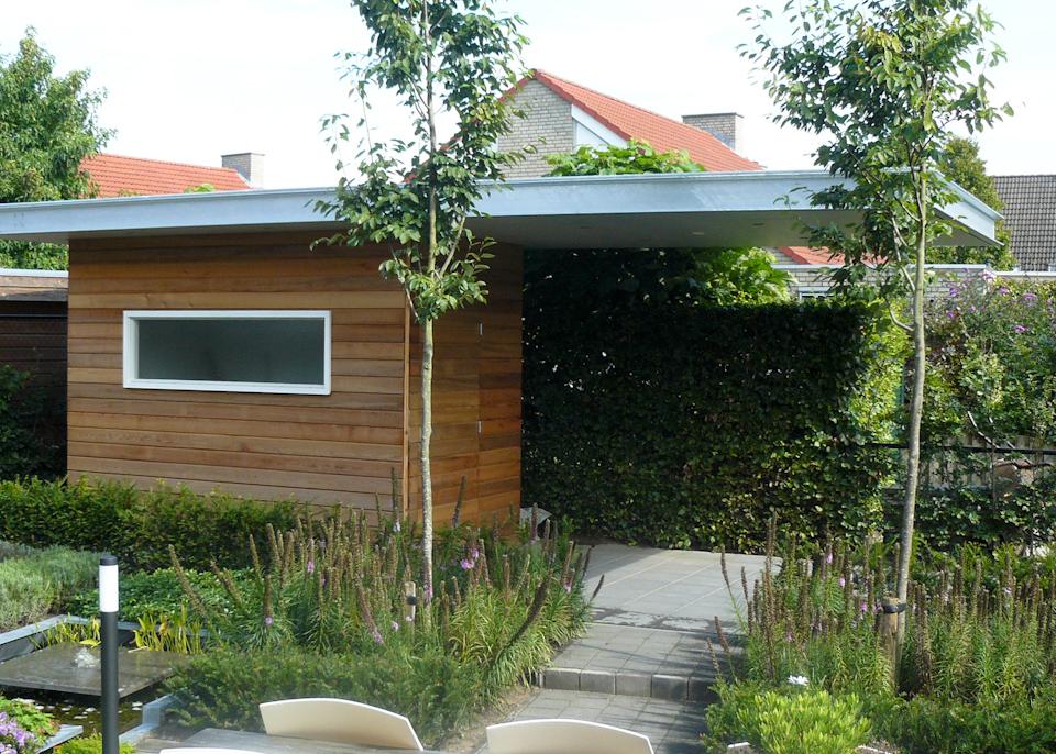 Tuinhuis kleine tuin halve parasol for Kleine tuin ontwerpen voorbeelden